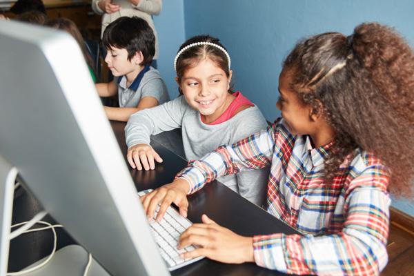 Computer beantragen und Informationen über die Voraussetzung